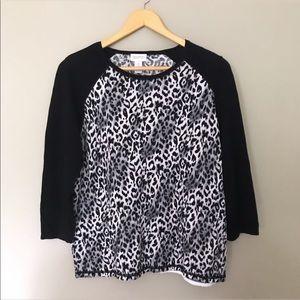 Chicos Leopard Print Sweater • EUC •